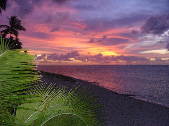 Ha'atafu Beach Resort: Amazing Sunsets