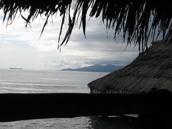 Anbabnega Lodge: looking towards mainland from balcony(rainy season)