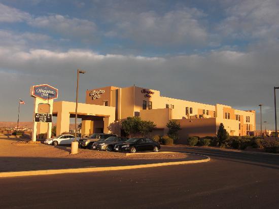 Hampton Inn Kayenta: Ausenansicht