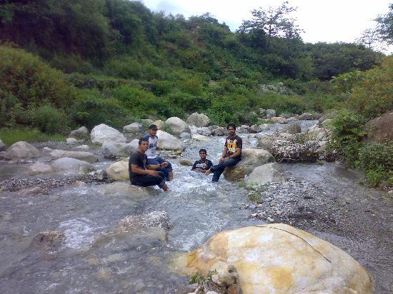 Kempty Falls: fun never ends...lol