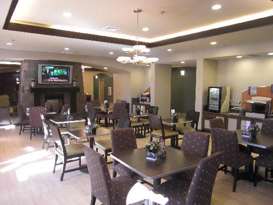 Holiday Inn Express Hotel and Suites Las Vegas 215 Beltway: Frühstückssaal
