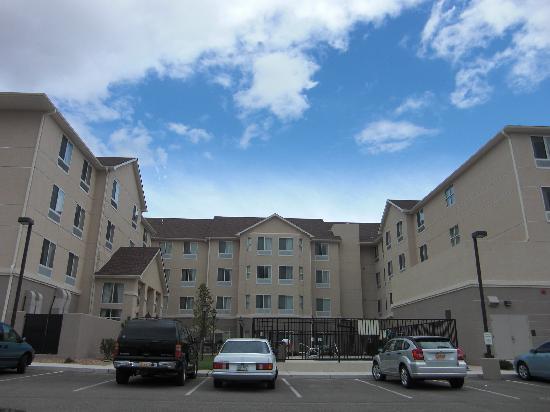 Homewood Suites by Hilton Albuquerque Airport: Aussenansicht