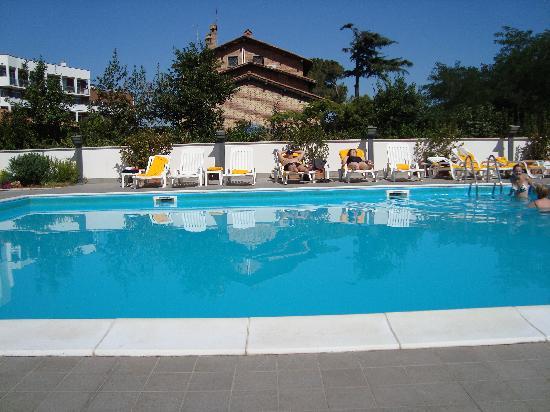 Piscine h tel foto hotel capannelle roma tripadvisor for Rome hotel piscine