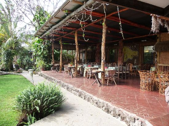 Hotel Manavai: Restaurant