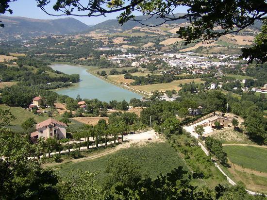Tolentino, อิตาลี: Lago delle Grazie