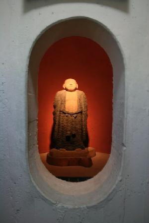 Tokyo Wan Kannon : One of the 7 Gods of Happiness located inside the statue