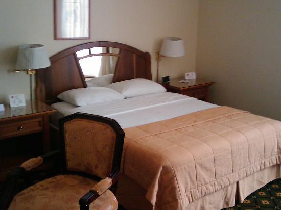 Clarion Hotel San Pedra Sula: Very confortable bed