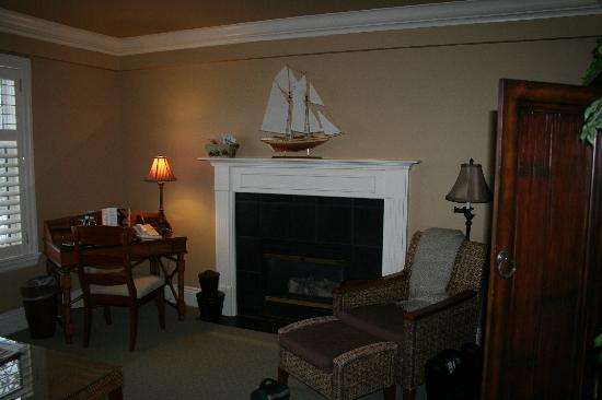 Harbour House Hotel: seperate sitting area