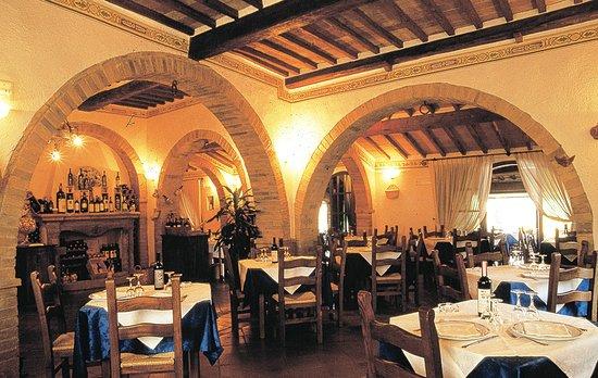 Ristorante La Taverna Del Barbarossa: la sala