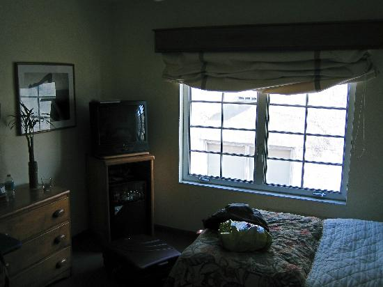 The Park Central: Bedroom