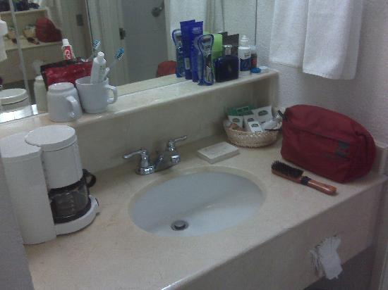 Villa Florida Hotel & Suites: Bathroom