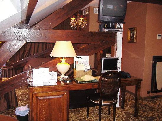 Hotel Heritage - Relais & Chateaux : Desk Area