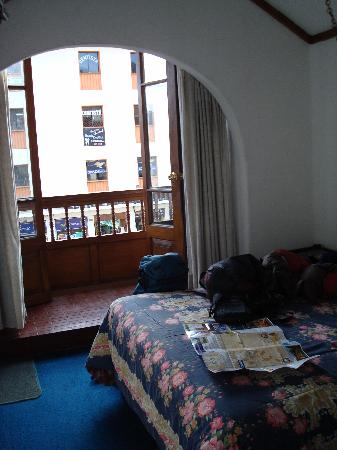 Tampu Hotel : Room on the main street