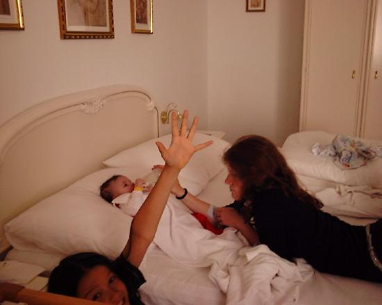 Villa Sonnenstrahl: Kinder im Schlafzimmer