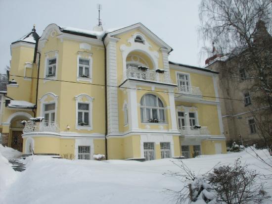 Villa Sonnenstrahl: Hotel im Winter