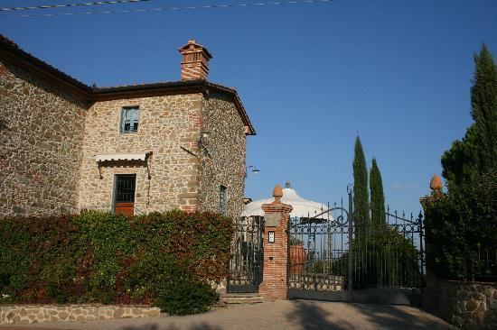 Podere Jana: The famhouse