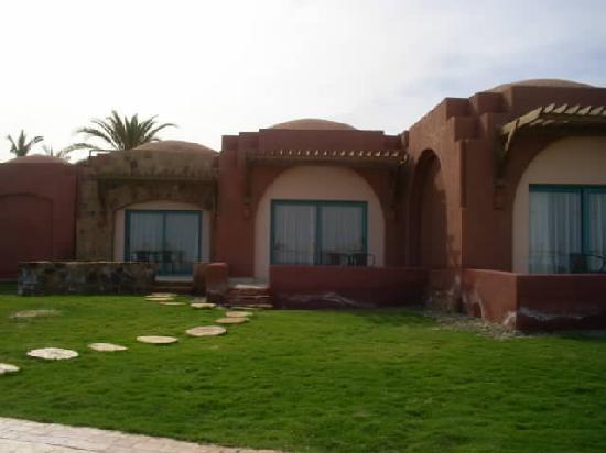 SENTIDO Oriental Dream Resort : Room 616 taken whilst on beach