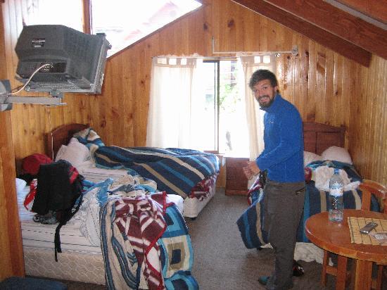 Hostal del Montanes: Room