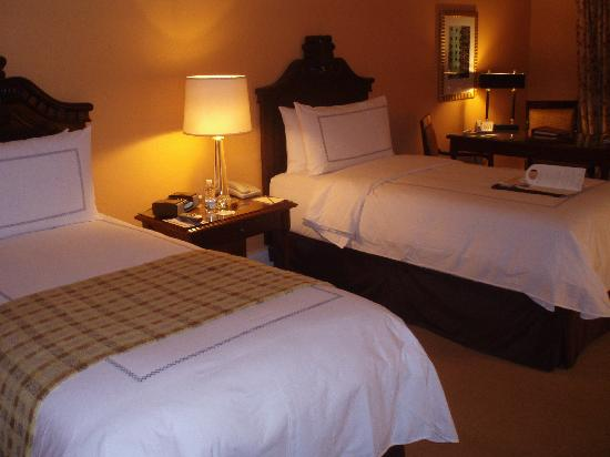 Four Seasons Hotel Mexico City: Overview of beds