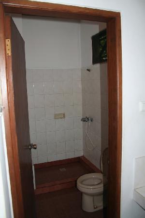 Agung & Sue Watering Hole II: salle de bains