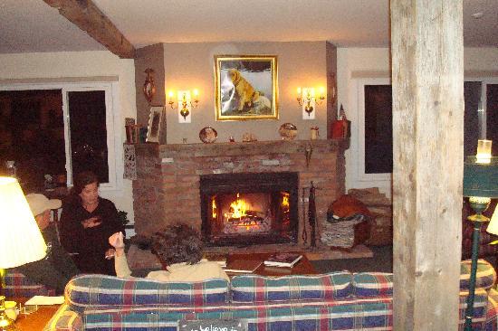 Inn at Mount Snow: lobby area