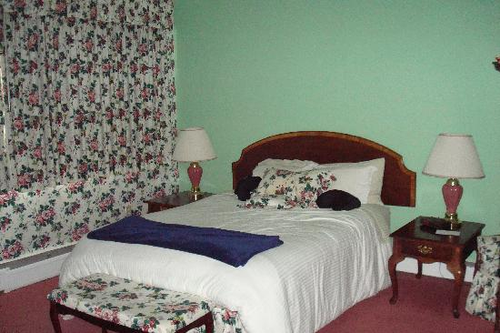 Inn at Mount Snow: bdrm in the grand suite