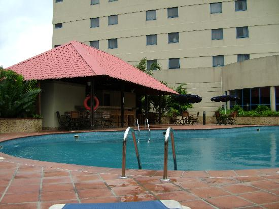Novotel Port Harcourt: Swimming pool