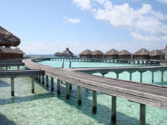 Huvafen Fushi Maldives : The water bungalows