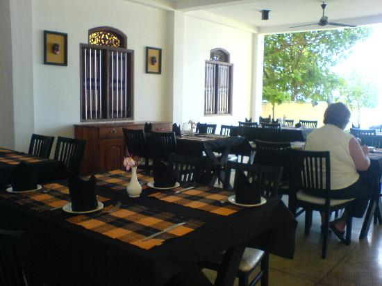 Amanda Beach Villa: Dining area