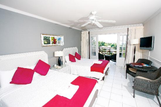 Bel Jou Hotel: Typical bedroom