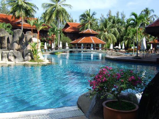 Main Pool Picture Of Meritus Pelangi Beach Resort Spa