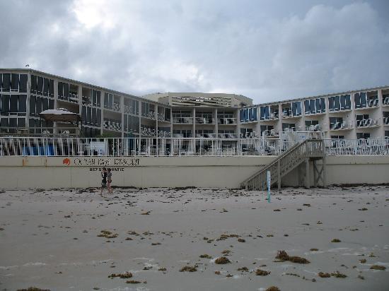 Ocean East Resort Club : Ocean East from the beach