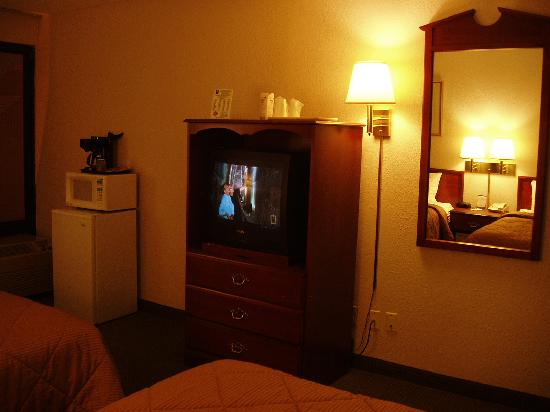 Comfort Inn Northeast: tv