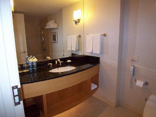Grand Hyatt Incheon : Bathroom Sink