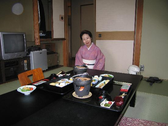 Gion Fukuzumi: Japanese Breakfast in room