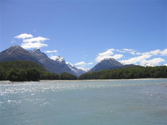 Dart River: Mt Cosmos to the left