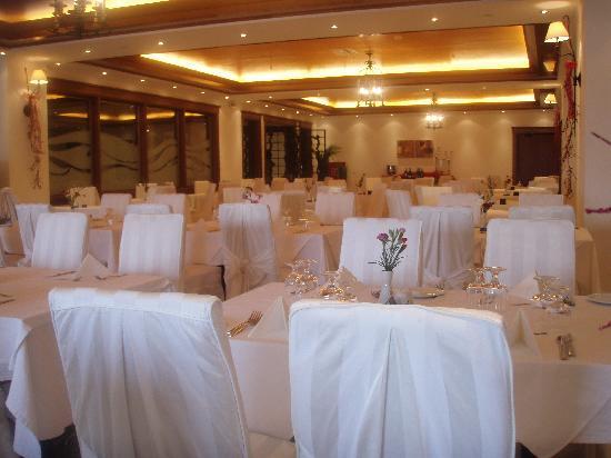 Mitsis Galini Wellness Spa & Resort: restaurant