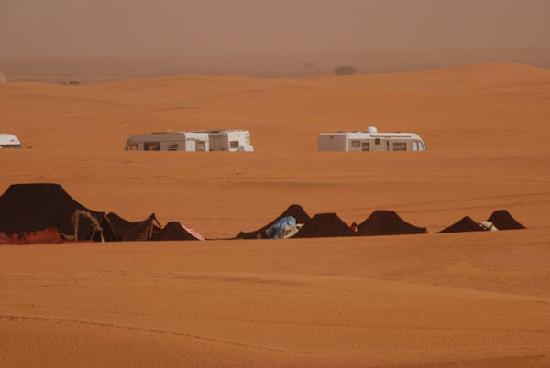 Moroccan Sahara: Berbers close by