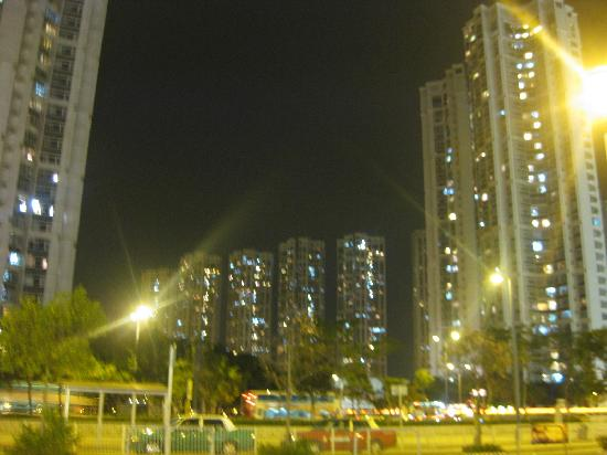 Harbour Plaza Resort City Hong Kong: view from the top at night