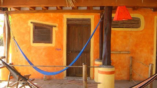 Posada Mexico: Cheaper rooms and their hammocks