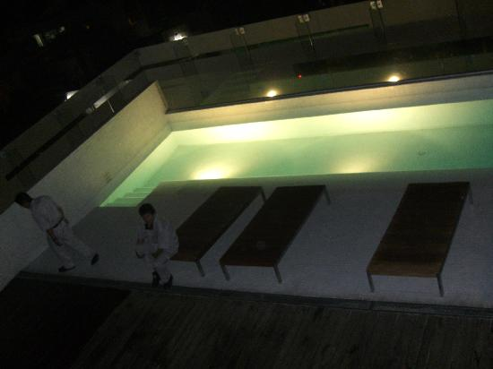 Hotel Habita: piscine