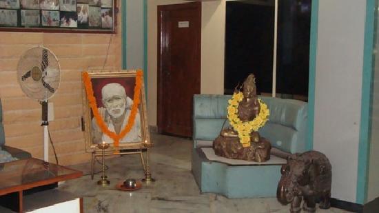 Hotel Bhagyalaxmi : Hotel Enterance