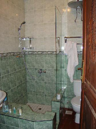 Asmini Palace Hotel: Bathroom