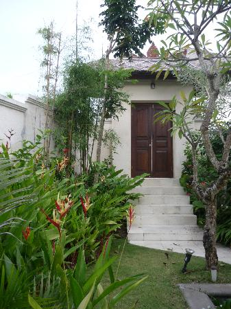 Park View Heights: entrance to our villa