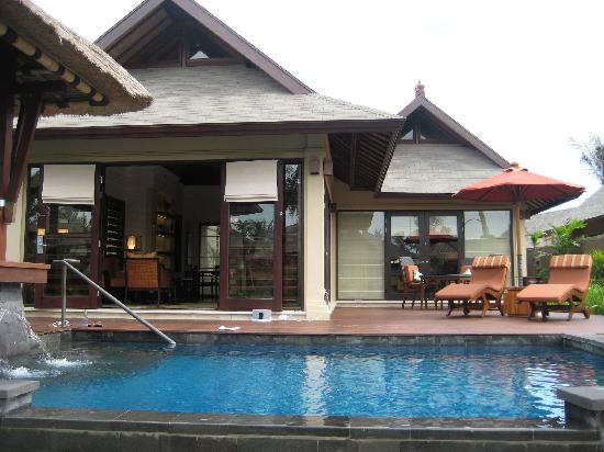 The St. Regis Bali Resort : Lagoon Villa