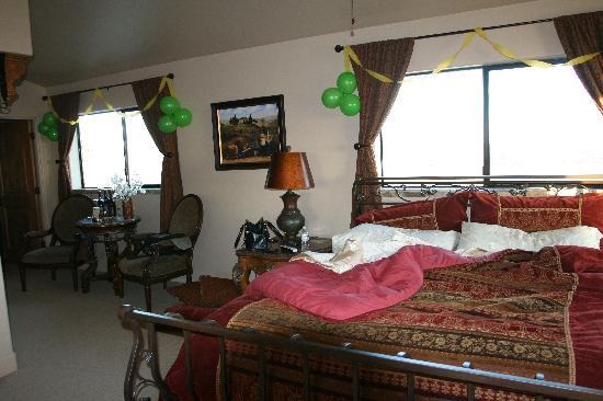 Villa Nel Mondo Bed & Breakfast: Tuscany Room