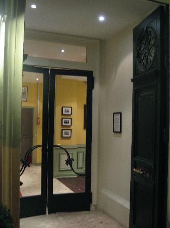 Hotel Brescia Opera: ingresso
