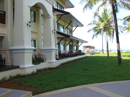 Khaolak Orchid Beach Resort: Hotelansicht