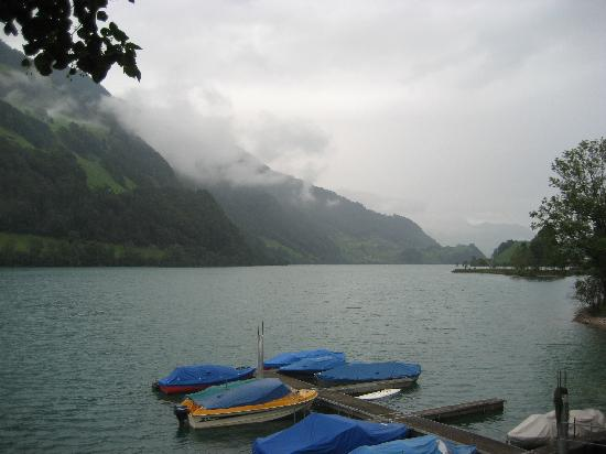 Lungern, Switzerland: A short stroll down to the lake!