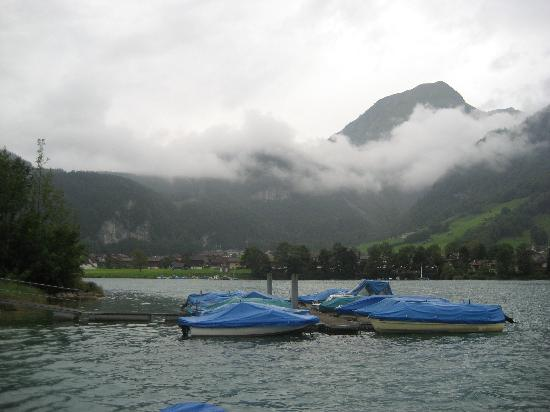 Lungern, Switzerland: More of the lake.